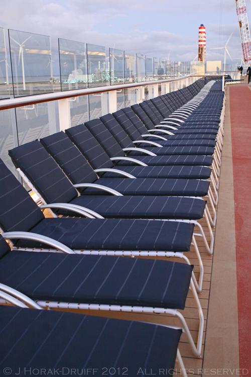 CelebrityReflectionDeckchairs2